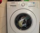 Samsung pesukone työssänsä...